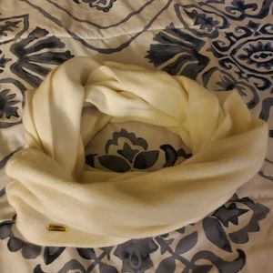 8 different styles of scarfs $20/all